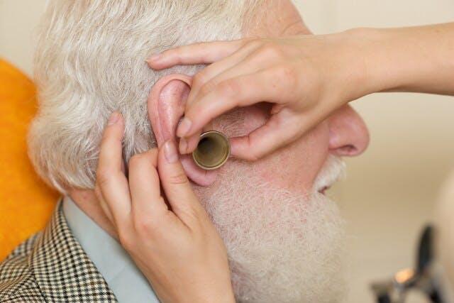 都市部と郊外で求められるものに違いが生じる耳鼻咽喉科医師