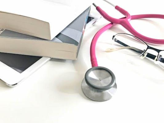 多くの診療科の医師が転科する内科