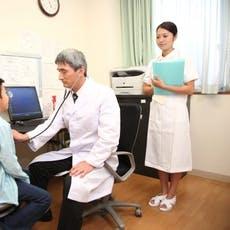 時間の自由度と開業に備えた知識が得られるクリニック医師への転職